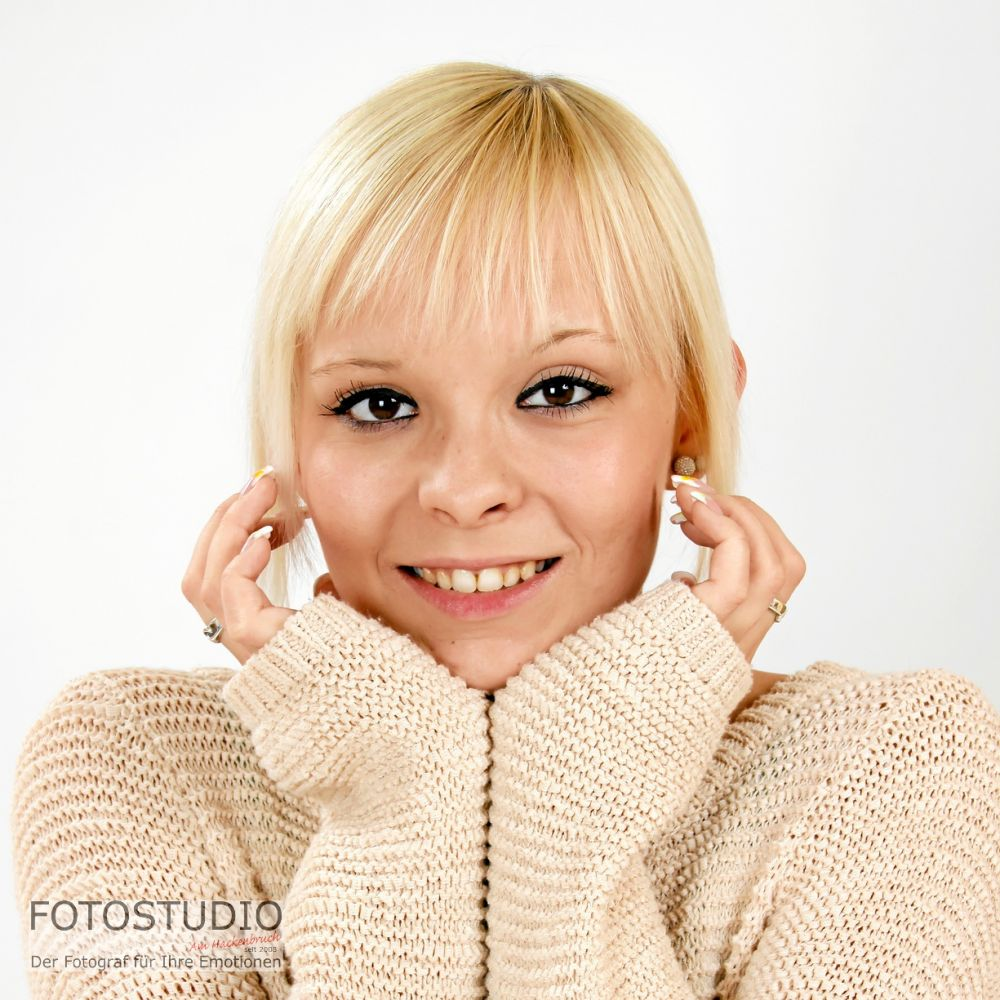 104_140811-fijalkowski_9x13c